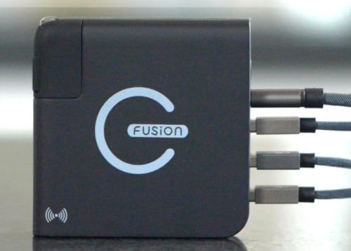 E-FUSION wireless and wired connection pocket battery pack