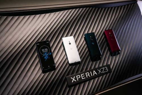 Take control with Google Assistant voice commands unique to Xperia™ XZ3