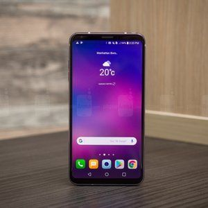 Unlocked LG V30+ with two-year warranty drops to $400 in Amazon 'deal of the day'
