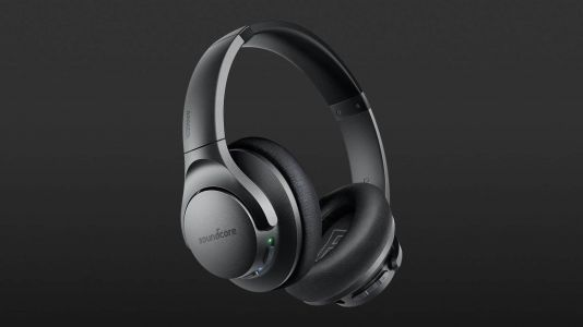 You Can Pick Up An Incredible Pair of Wireless Headphones Today For Under $40