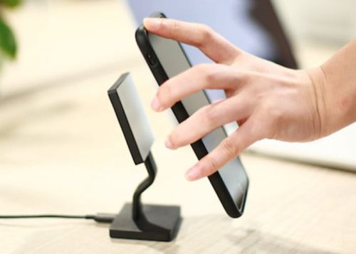 Magket smartphone wireless charger
