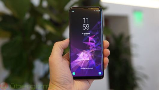 Samsung Continues To Mock Apple In New Galaxy S9 Ads