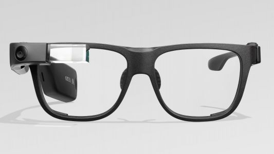 Google Glass still getting upgrades, but still not for you